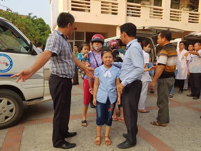 Vụ hàng trăm học sinh ở Ninh Bình nghi ngộ độc: Ruốc gà có mùi kinh lắm con không ăn - Ảnh 4.