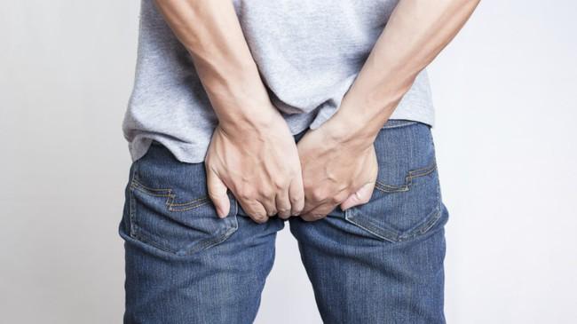 Triệu chứng đau khi đại tiện cảnh báo những vấn đề sức khỏe đáng lo ngại hơn bạn nghĩ - Ảnh 1.
