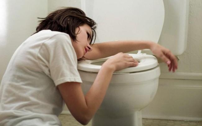 Triệu chứng đau khi đại tiện cảnh báo những vấn đề sức khỏe đáng lo ngại hơn bạn nghĩ - Ảnh 5.