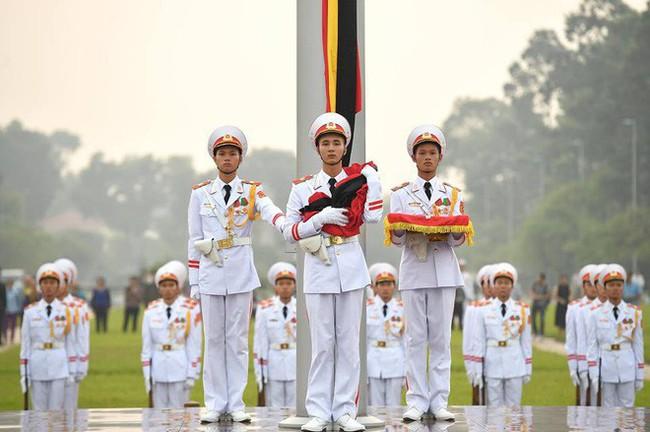 [CẬP NHẬT] Lễ thượng cờ rủ Quốc tang cố Tổng Bí thư Đỗ Mười - Ảnh 11.