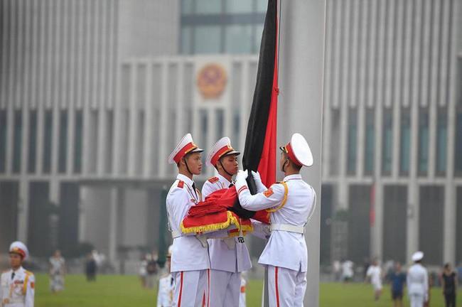 [CẬP NHẬT] Lễ thượng cờ rủ Quốc tang cố Tổng Bí thư Đỗ Mười - Ảnh 12.