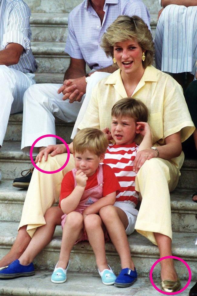 Chuyên gia phân tích  điểm tương đồng và khác biệt thú vị trong cách dạy con của Công nương Diana và Kate Middleton - Ảnh 3.