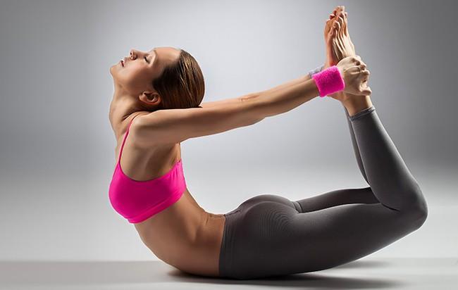 Những tư thế yoga giúp bảo vệ, cải thiện sức khỏe của gan - Ảnh 3.