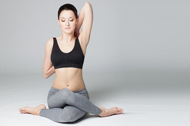 Những tư thế yoga giúp bảo vệ, cải thiện sức khỏe của gan - Ảnh 4.
