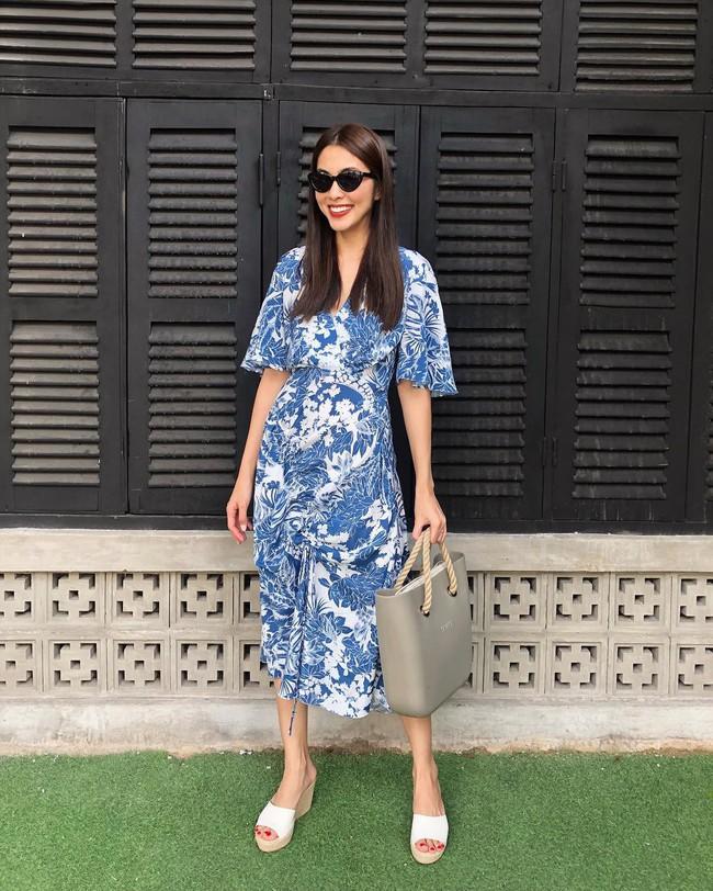 """Sau bao lần """"mặc sai"""", cuối cùng Tăng Thanh Hà đã biết cách diện đẹp mẫu váy khó nhằn này - Ảnh 1."""