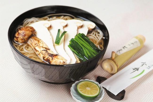 Khám phá matsutake - loại nấm đắt nhất thế giới mang trọn vẹn hương vị mùa thu Nhật Bản, 50 triệu/kg mà vẫn cháy hàng - Ảnh 3.
