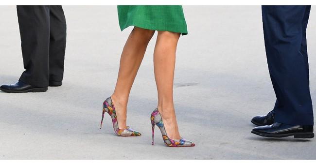Những lần bà Melania Trump bị chỉ trích đã chứng minh: Mặc đẹp thôi chưa đủ, trang phục còn cần phải hợp hoàn cảnh nữa - Ảnh 4.