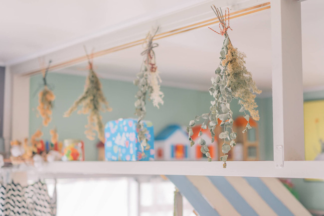 Căn hộ tràn ngập sắc màu hạnh phúc, góc nào cũng vô cùng đặc biệt của bà mẹ đơn thân với 2 con nhỏ ở Tokyo, Nhật Bản - Ảnh 15.