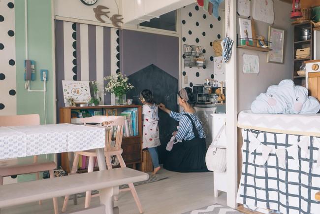 Căn hộ tràn ngập sắc màu hạnh phúc, góc nào cũng vô cùng đặc biệt của bà mẹ đơn thân với 2 con nhỏ ở Tokyo, Nhật Bản - Ảnh 11.