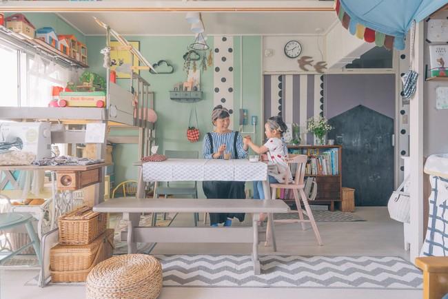 Căn hộ tràn ngập sắc màu hạnh phúc, góc nào cũng vô cùng đặc biệt của bà mẹ đơn thân với 2 con nhỏ ở Tokyo, Nhật Bản - Ảnh 4.
