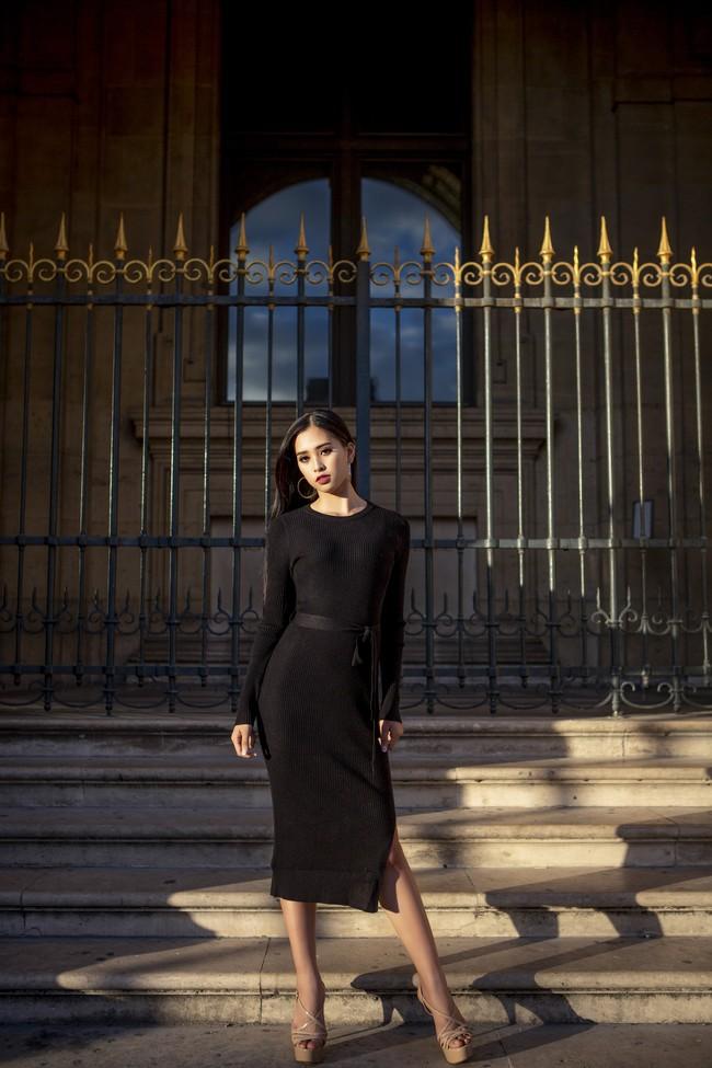 Choáng ngợp trước vẻ đẹp xuất thần của Hoa hậu Tiểu Vy trên đất Pháp sau sự kiện Vinfast - Ảnh 2.