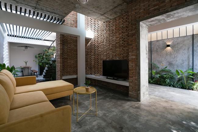Ngôi nhà cấp 4 hóa biệt thự sân vườn đẹp thuyết phục tại Sài Gòn - Ảnh 9.