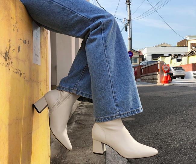 Nàng nào chẳng mê diện boots mùa lạnh, nhưng để sắm được đôi chuẩn mốt thì hãy xem ngay 4 gợi ý này - Ảnh 1.
