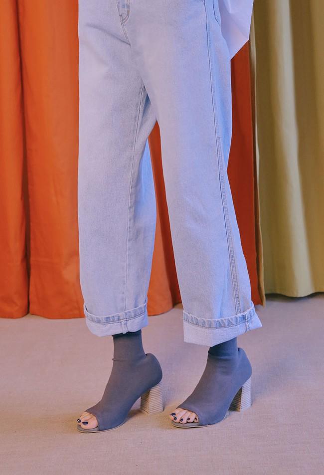 Nàng nào chẳng mê diện boots mùa lạnh, nhưng để sắm được đôi chuẩn mốt thì hãy xem ngay 4 gợi ý này - Ảnh 15.