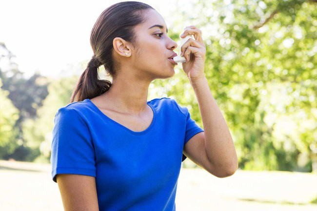 Những mùi khó chịu từ miệng như mùi tanh, hôi, chua... sẽ tiết lộ điều nhiều điều về sức khỏe của bạn - Ảnh 3.