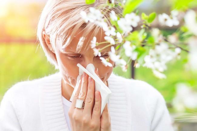 Những mùi khó chịu từ miệng như mùi tanh, hôi, chua... sẽ tiết lộ điều nhiều điều về sức khỏe của bạn - Ảnh 4.