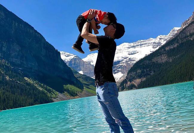 Sau 4 năm kết hôn, cặp đôi chồng xấu - vợ xinh đang có cuộc sống vô cùng hạnh phúc cùng con trai ở Canada - Ảnh 10.