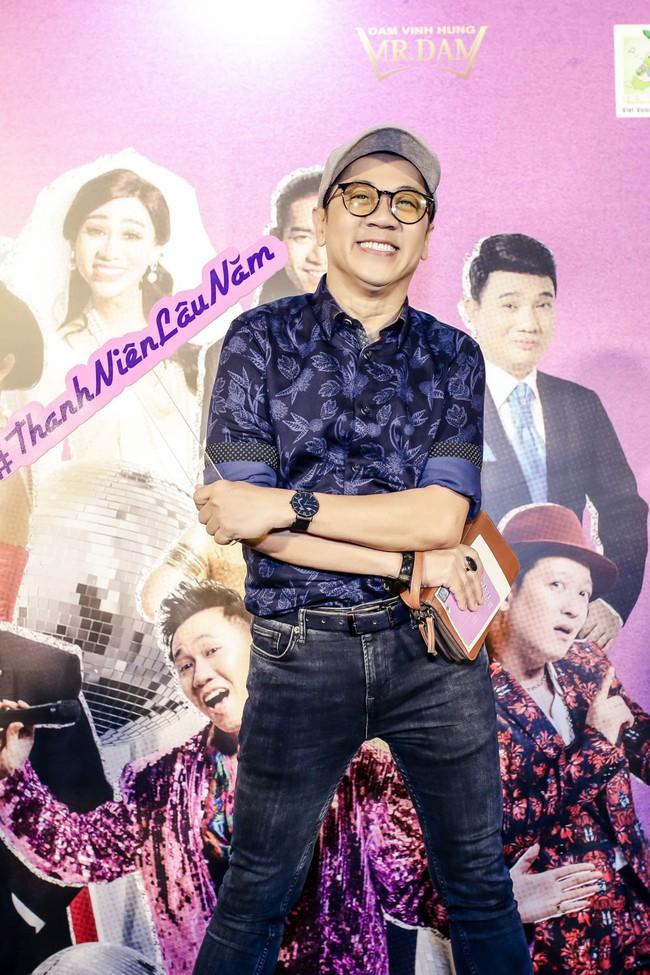 Đàm Vĩnh Hưng mời cả showbiz đóng MV, khẳng định vẫn còn ở đỉnh vinh quang - Ảnh 10.