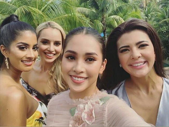 HH Tiểu Vy make up đẹp xuất sắc, lấn át cả dàn thí sinh quốc tế tại Miss World 2018 - Ảnh 4.