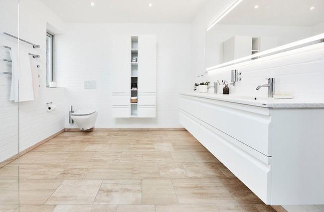 Cứ nhẹ nhàng, đơn giản như những căn phòng tắm Scandinavian cũng đủ khiến biết bao người phải say đắm - Ảnh 1.