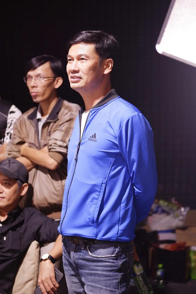 Minh Hà thả dáng mẹ 4 con đáng ghen tỵ khi cùng Lý Hải casting Lật mặt 4