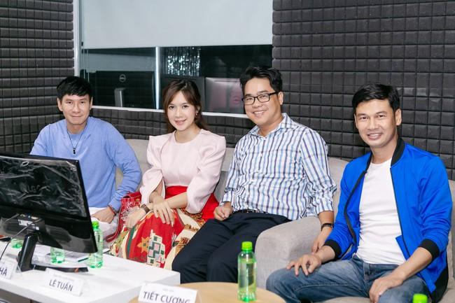 Minh Hà thả dáng mẹ 4 con đáng ghen tỵ khi cùng Lý Hải casting Lật mặt 4 - Ảnh 9.