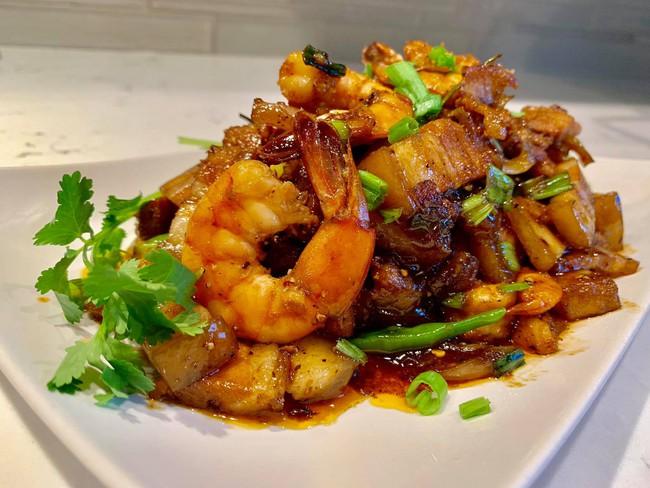 Gặp gỡ người đàn ông Việt ở trời Tây có những món ăn hút nghìn like của cộng đồng mạng - Ảnh 2.