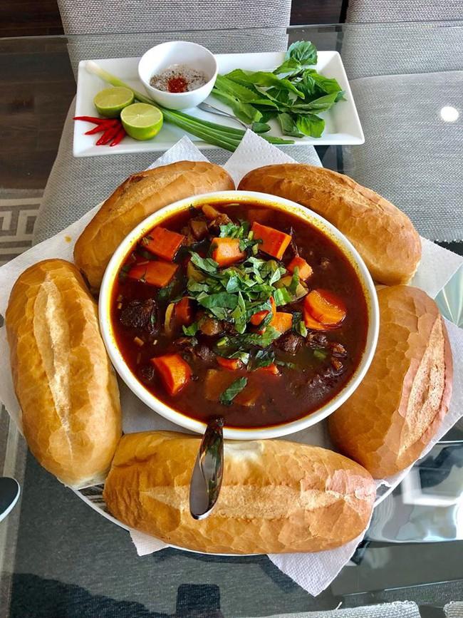 Gặp gỡ người đàn ông Việt ở trời Tây có những món ăn hút nghìn like của cộng đồng mạng - Ảnh 3.