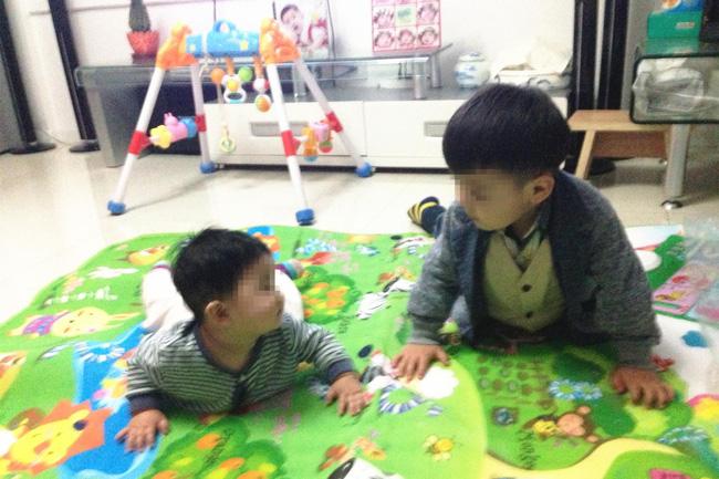 Bố mẹ nào sinh 2 con cần lưu ý, có 3 câu nói nên tránh, nếu không sẽ làm tổn thương đến đứa con lớn - Ảnh 2.