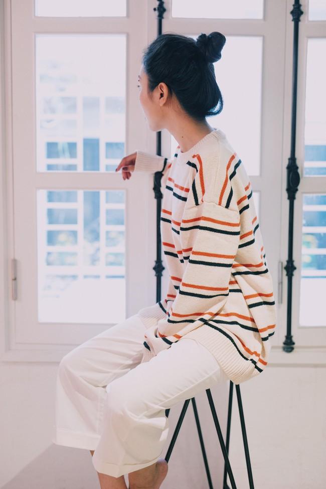 18 mẫu áo len mỏng đến từ các thương hiệu Việt khiến bạn say như điếu đổ và muốn sắm ngay trong mùa lạnh này - Ảnh 4.