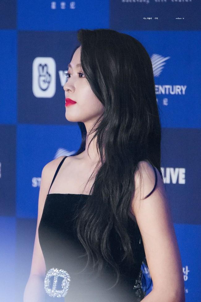 Màn lột xác thần thái ngoạn mục của báu vật quốc dân Seolhyun sau 3 năm: Mỹ nhân ngây thơ thành bà hoàng thảm đỏ - Ảnh 9.