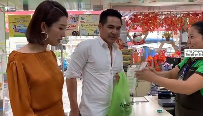Giữa cơn phẫn nộ dâng cao, Hân lại cùng Kiệt đi siêu thị, càu nhàu vì có 100 nghìn bịch nước cũng bị chồng chửi! - Ảnh 2.