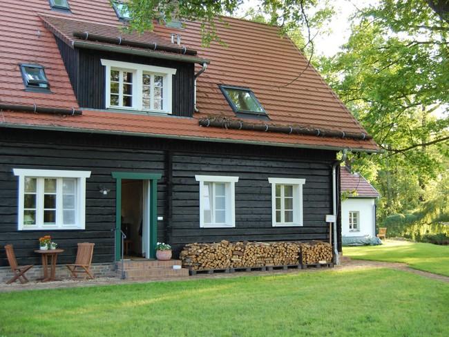 Những ngôi nhà ven sông xinh xắn, dịu dàng đẹp đến nao lòng ở làng quê nước Đức - Ảnh 11.