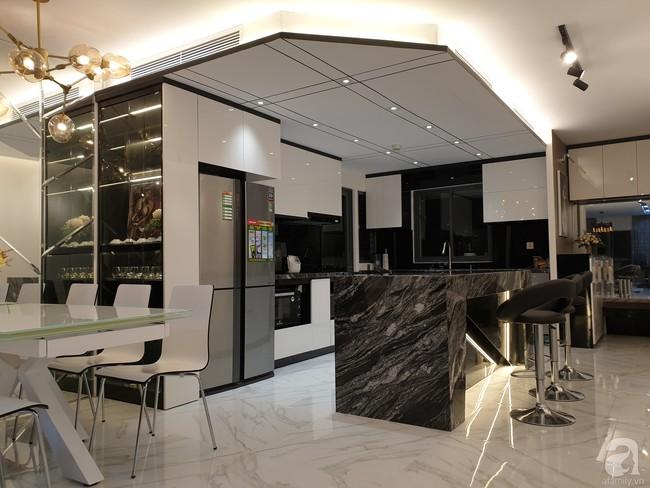 Căn hộ trên tầng 34 được đôi vợ chồng trẻ ở Hà Nội tự tay thiết kế và tâm huyết đến từng m²   - Ảnh 21.
