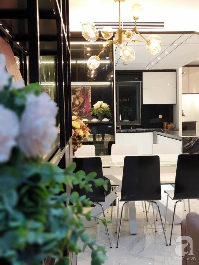 Căn hộ trên tầng 34 được đôi vợ chồng trẻ ở Hà Nội tự tay thiết kế và tâm huyết đến từng m²   - Ảnh 10.