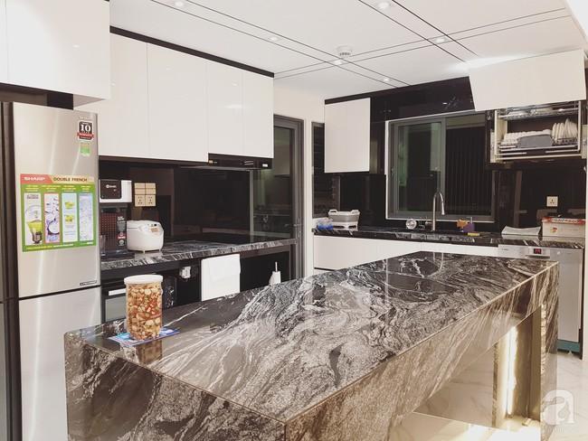 Căn hộ trên tầng 34 được đôi vợ chồng trẻ ở Hà Nội tự tay thiết kế và tâm huyết đến từng m²   - Ảnh 8.