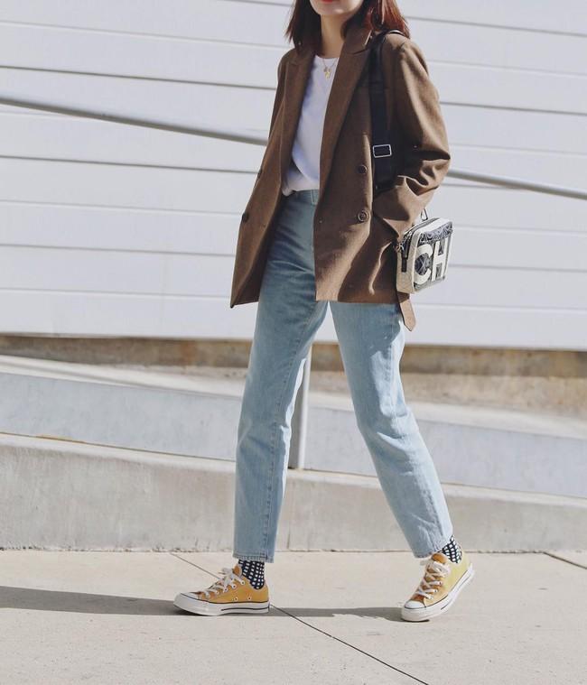 """Kết hợp cực """"ngọt"""" với mọi set đồ, sneakers chính là đôi giày phải sắm trong mùa đông năm nay - Ảnh 15."""