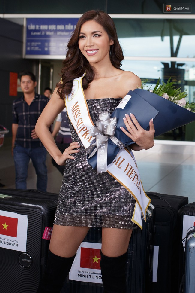 Mới có mấy ngày đến Miss Supranational 2018, Minh Tú chặt đẹp cả dàn thí sinh chỉ bằng kiểu đầm này - Ảnh 1.