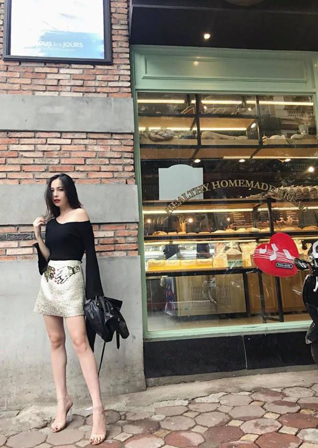 Street style tuần này: Hằng Túi huýt sáo đi đẻ được mọi người khen hết lời vì diện váy vừa đẹp lại sang  - Ảnh 7.