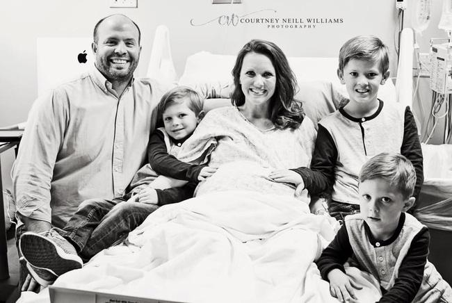 """Cuộc sống siêu bận rộn của gia đình sinh 6 em bé """"đẹp tựa thiên thần - Ảnh 29."""