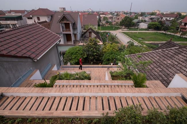 Cận cảnh ngôi nhà có ruộng bậc thang ngay mặt tiền đạt nhiều giải thưởng kiến trúc lớn ở Hà Tĩnh - Ảnh 17.