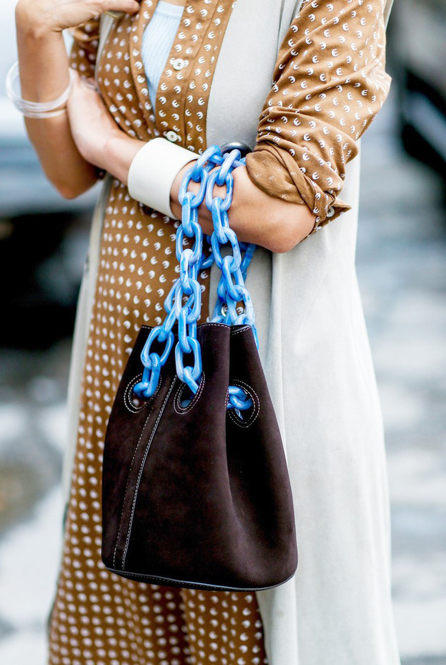 10 bí kíp nhấn nhá trang phục giúp chị em lột xác thành cô nàng trẻ trung, hiện đại trong nháy mắt - Ảnh 21.