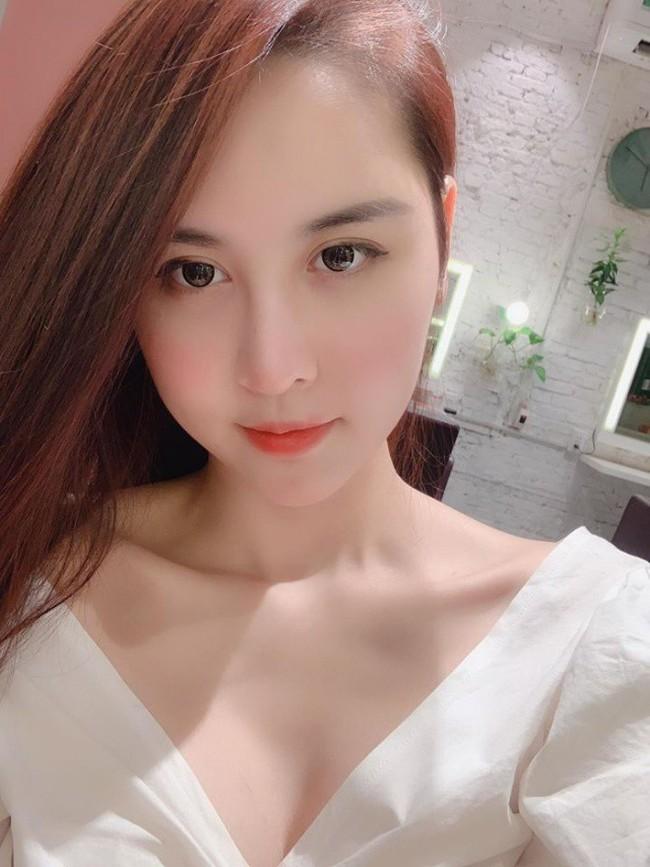 Chị gái Kỳ Duyên - Hà Lade bất ngờ lên tiếng sau khi bị chê phẫu thuật thẩm mỹ làm khuôn mặt đơ cứng, đại trà - Ảnh 2.