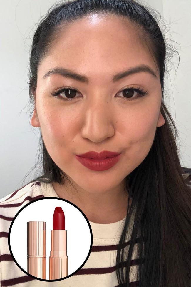 Beauty editor này sở hữu hơn trăm thỏi son và đây là 12 thỏi xuất sắc nhất mà ai cũng nên dùng thử - Ảnh 12.