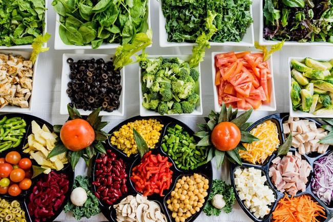 Không muốn lão hóa da từ năm 20 tuổi thì nên tuân thủ 6 thói quen ăn uống lành mạnh sau - Ảnh 2.