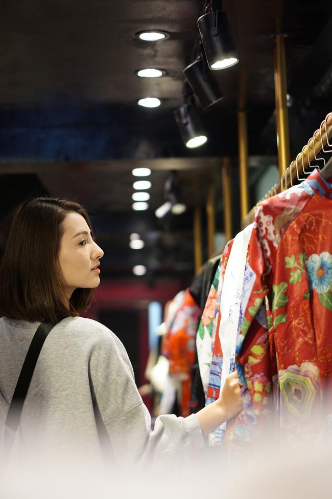 Hồng Quế tái xuất sau khi sửa mũi, May A lái xe tiền tỉ đưa con gái đi thử đồ trước show diễn thời trang - Ảnh 5.
