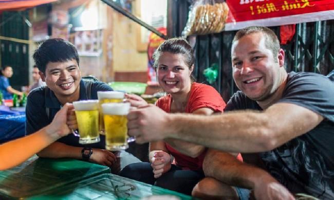 Báo Tây mách 7 trải nghiệm du lịch phải làm ở Việt Nam, số 7 khó thực hiện nhưng là mơ ước của nhiều người - Ảnh 2.