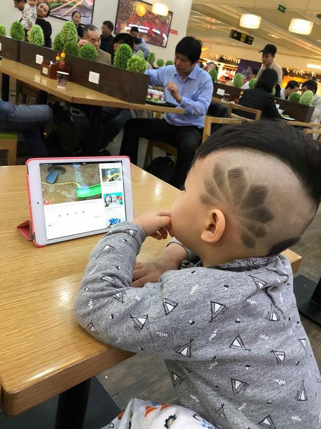 Đã tìm ra cậu bé chất chơi nhất Việt Nam, 4 tuổi đã sở hữu hàng chục kiểu tóc có một không hai - Ảnh 7.