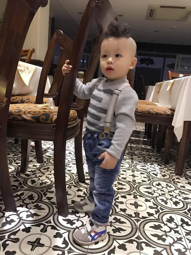 Đã tìm ra cậu bé chất chơi nhất Việt Nam, 4 tuổi đã sở hữu hàng chục kiểu tóc có một không hai - Ảnh 13.