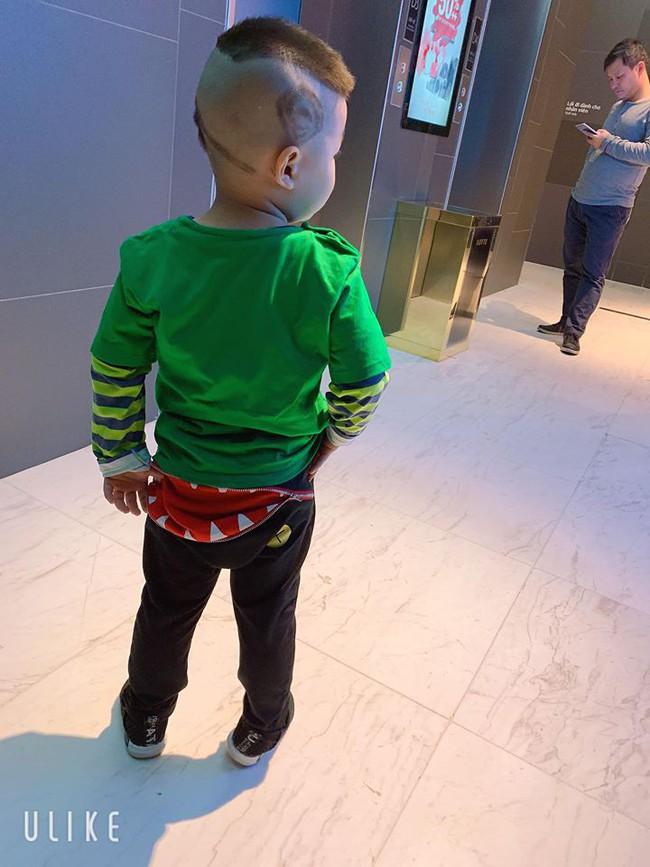 Đã tìm ra cậu bé chất chơi nhất Việt Nam, 4 tuổi đã sở hữu hàng chục kiểu tóc có một không hai - Ảnh 17.